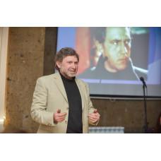 Писатель, музыкант и священнослужитель Михаил Ходанов – в гостях у ростовчан