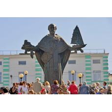 Отец Федор Конюхов гигантским крестом осенит Россию