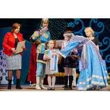 Лучшие юные художники Ростова-на-Дону побывали на Рождественской встрече «Краски России»